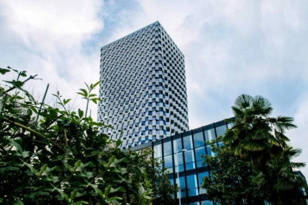 Αλβανία: Εγκαινιάστηκε το πρώτο 5άστερο ξενοδοχείο!