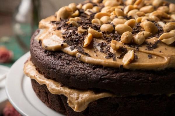 Vegan κέικ σοκολάτας με φυστικοβούτυρο!