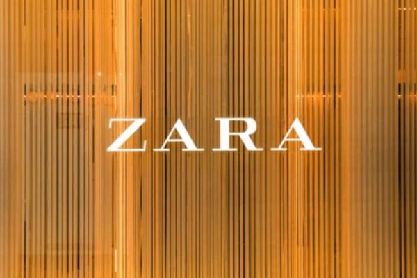 ZARA: Το πουά φόρεμα με βολάν που είναι σε έκπτωση! Τρέξτε να το προλάβετε!