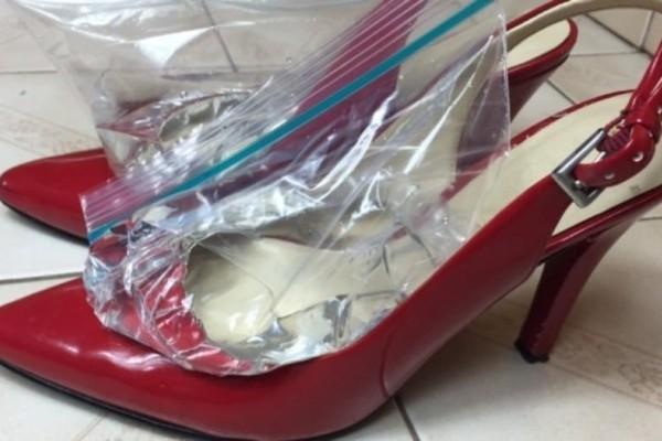 Απίστευτο: Έβαλε σακούλες γεμάτες νερό στα παπούτσια της ! Ο λόγος; Δεν θα τον πιστεύετε!