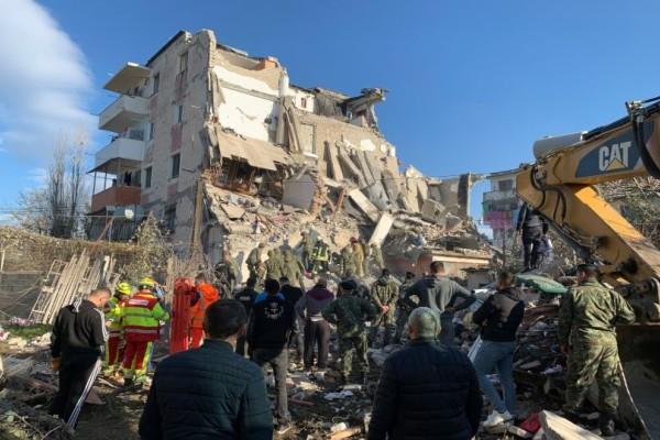 Σεισμός στην Αλβανία: Τι πέτυχε η ΕΜΑΚ; Η επίσημη ενημέρωση της Πυροσβεστικής!