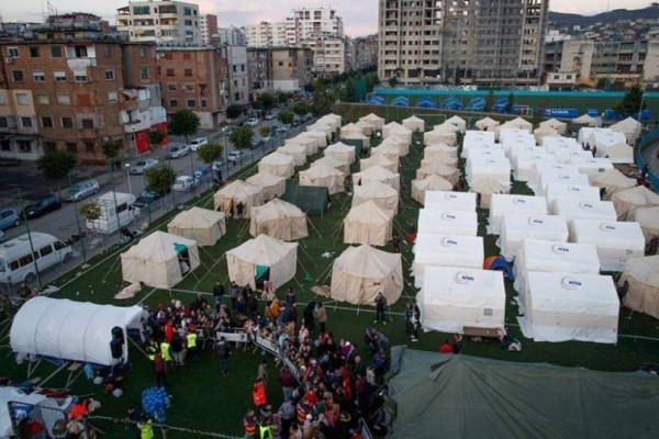 Σεισμός Αλβανία: Σε δομές φιλοξενίας οι σεισμόπληκτοι! Στους 25 ανέρχονται οι νεκροί!