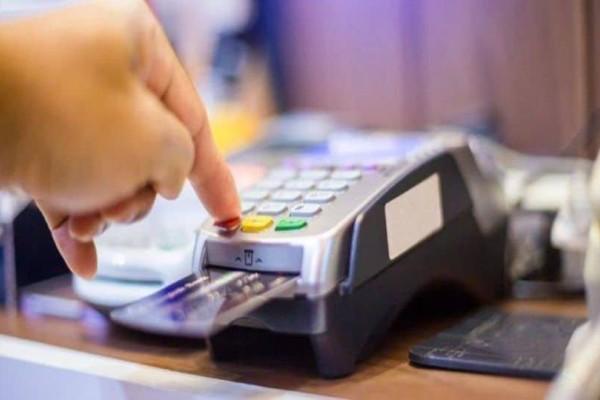 Φορολογικό νομοσχέδιο: Αλλαγές της τελευταίας στιγμής για τις ηλεκτρονικές αποδείξεις!
