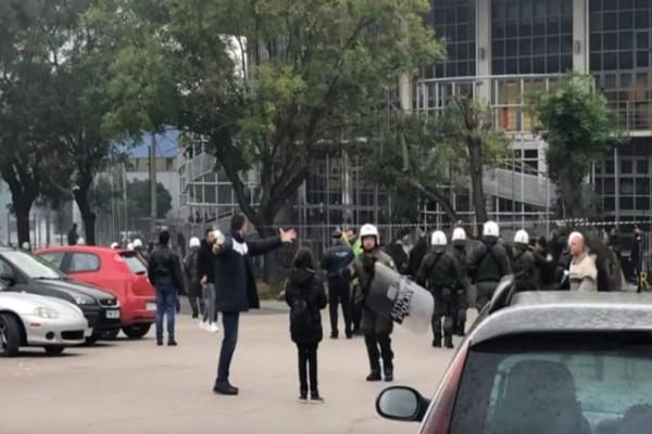 Θεσσαλονίκη: Επεισόδια μεταξύ των οπαδών του Άρη και του ΠΑΟΚ!