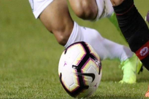 Σοκ: Δολοφόνησαν με μαχαίρι διεθνή ποδοσφαιριστή! (photos)