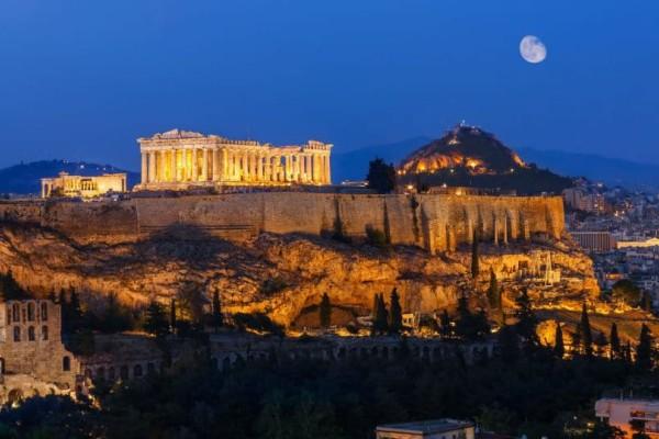 Οι New York Times αποθεώνουν την Αθήνα μέσα σε 5 λεπτά (video)!