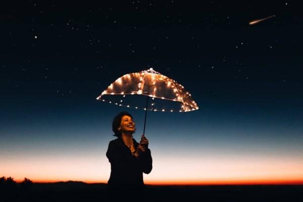 Ζώδια: Τι λένε τα άστρα για σήμερα, Τρίτη 19 Νοεμβρίου;