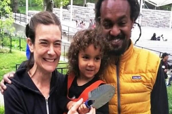 Στυγερό έγκλημα: 42χρονος αποκεφάλισε την σύζυγό του σκότωσε το παιδί τους και έδωσε τέλος στη ζωή του!