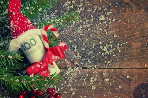 Νωρίτερα η καταβολή του δώρου Χριστουγέννων και τα επιδόματα!