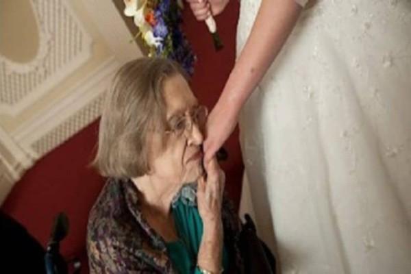 Είπε στη γιαγιά της ότι ο άντρας της την απατάει! Η απάντηση της γιαγιάς; Σοφή!
