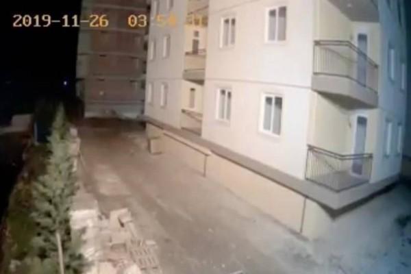Σεισμός στην Αλβανία: Βίντεο σοκ από την στιγμή που χτυπάει ο Εγκέλαδος!