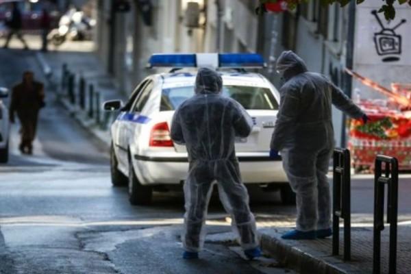 Συναγερμός στα Εξάρχεια: Βρέθηκε χειροβομβίδα σε διαμέρισμα!