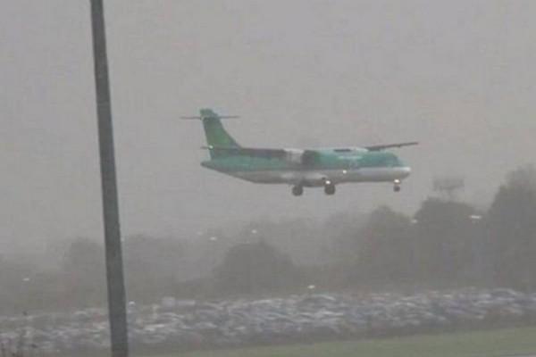 Εξαφανισμένο αεροπλάνο προσγειώνεται μετά από 35 χρόνια με το πλήρωμα και τους επιβάτες να είναι όλοι νεκροί!