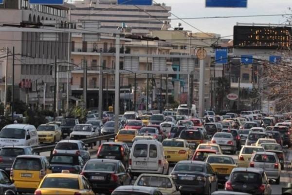 Κυκλοφοριακό χάος στην Αθήνα: Ποιους δρόμους να αποφύγετε;
