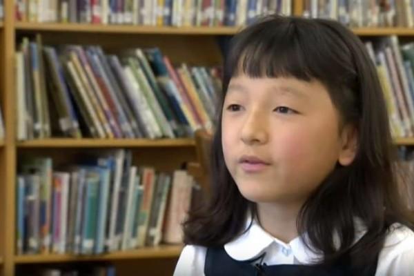 Θα δακρύσετε: Κοριτσάκι χωρίς χέρια κατάφερε να κερδίσει κάτι... αδιανόητο! (Video)