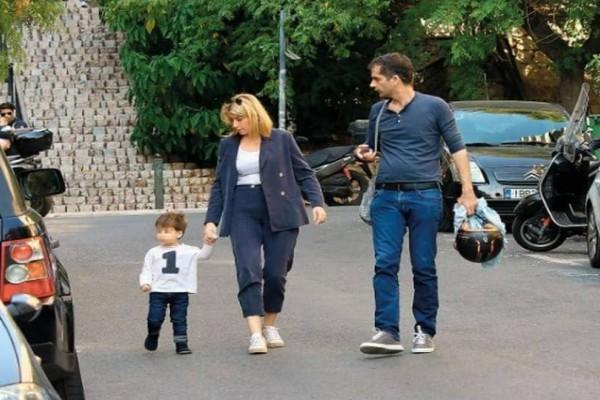 Γλυκιά απόδραση για Σία Κοσιώνη και Κώστα Μπακογιάννη: Με το μικρό τους «θαύμα»!