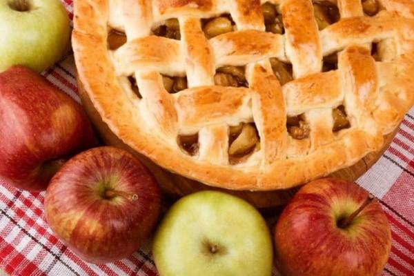 Λαχταριστή μηλόπιτα με σπιτική ζύμη (Video)!