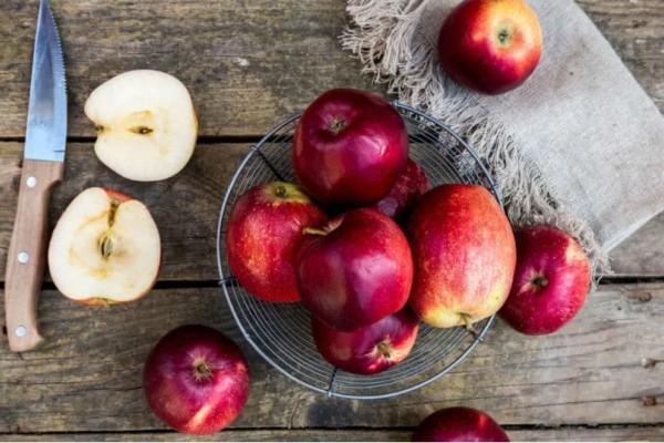 Μήλα: Πώς μπορείς να εκμεταλλευτείς τις φλούδες;