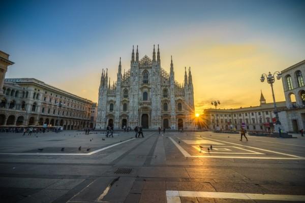 Η φωτογραφία της ημέρας: Ξημερώνει στο Μιλάνο!