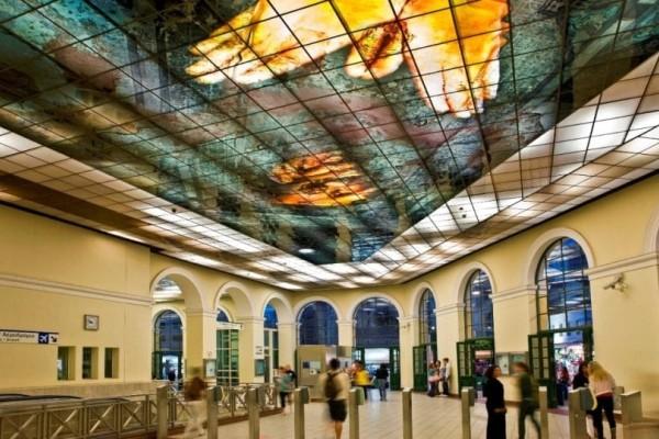 Σοκ: Μαχαίρωσαν άντρα στο μετρό στο Μοναστηράκι!