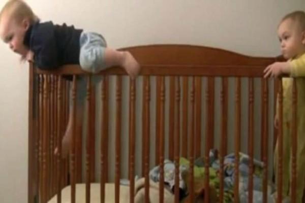Η μεγάλη απόδραση δύο μωρών από την… κούνια! (Video)