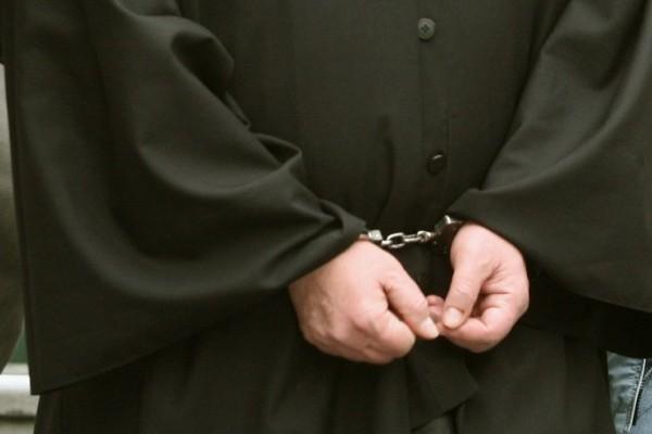 Σάλος στην Κέρκυρα: Ιερέας κατηγορείται για ασέλγεια σε ανήλικες!