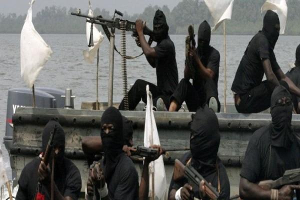 Πειρατές επιτέθηκαν σε ελληνικό πλοίο στο Τόγκο! Απήγαγαν το πλήρωμα!