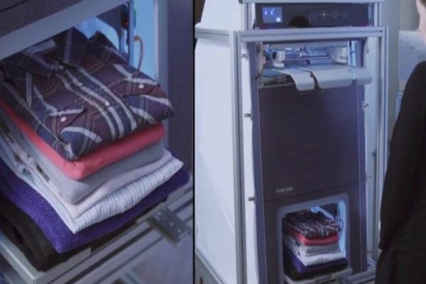 Επανάσταση: Αυτή είναι η συσκευή που σιδερώνει και διπλώνει τα ρούχα! (Video)