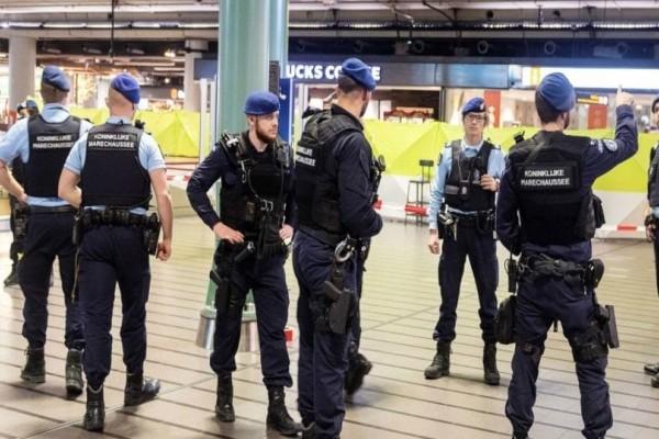Τρόμος στο Άμστερνταμ: Ύποπτη κρίνεται η κατάσταση μέσα σε αεροπλάνο!