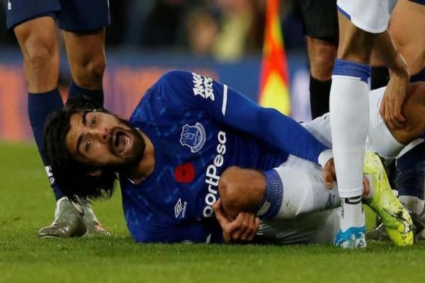 Φρικιαστικός τραυματισμός ποδοσφαιριστή! (photos-video)