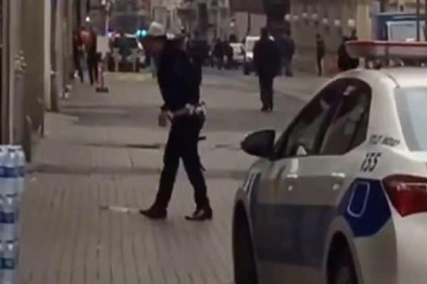 Τρόμος στην Κωνσταντινούπολη: Οδηγός λεωφορείου έπεσε πάνω σε πλήθος! (Video)
