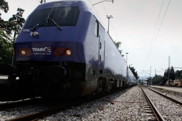 Συναγερμός στον Πύργο: Συγκρούστηκε τρένο με αυτοκίνητο!