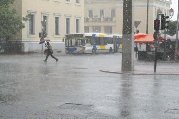 Έκτακτο δελτίο καιρού: Καταιγίδες και χαλαζοπτώσεις τις επόμενες ώρες!
