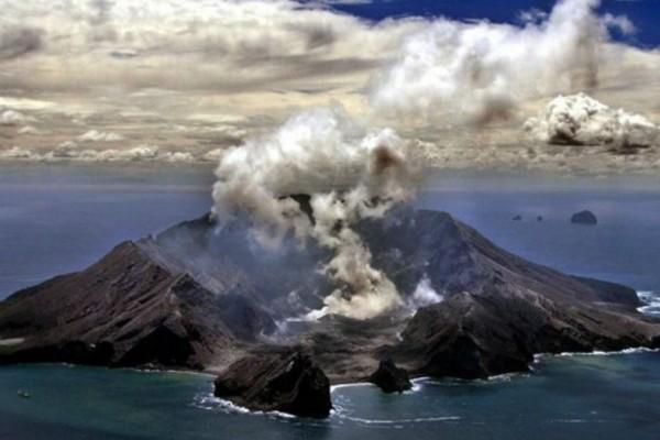 Νέα Ζηλανδία: Τουλάχιστον 5 νεκροί μετά την έκρηξη ηφαιστείου!