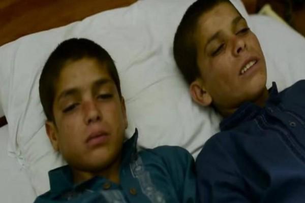 Φαίνονται σαν 2 φυσιολογικά αγόρια -  Μόλις όμως πέσει το σκοτάδι, αυτό που τους συμβαίνει είναι ανατριχιαστικό!