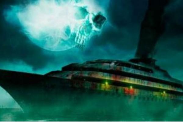 Πλοίο φάντασμα επιπλέει στον Ωκεανό εδώ και 9,5 χρόνια!