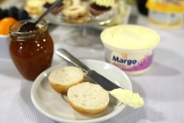 Σταματήστε να τρώτε ψωμί με μαρμελάδα αμέσως...Κάνετε κακό στην υγεία σας!