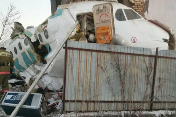Αεροπορική τραγωδία: Συνετρίβη αεροπλάνο με 100 επιβάτες! Υπάρχουν επιζώντες (photos+video)