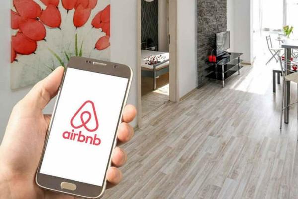 Airbnb: Απαγόρευσαν σε ιδιοκτήτρια να νοικιάσει το σπίτι της με δικαστική απόφαση!