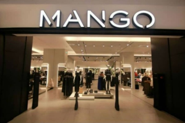 Mango: Αγόρασε αυτό το πουκάμισο και θα μας θυμηθείς! Είναι τέλειο κομμάτι!