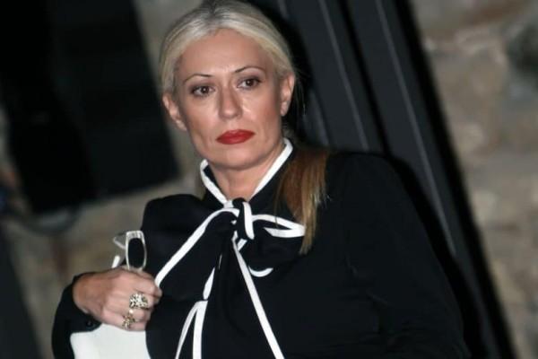 Μαρία Μπακοδήμου: Βγήκε βόλτα με του γιους της και όλοι την κοίταζαν στα...