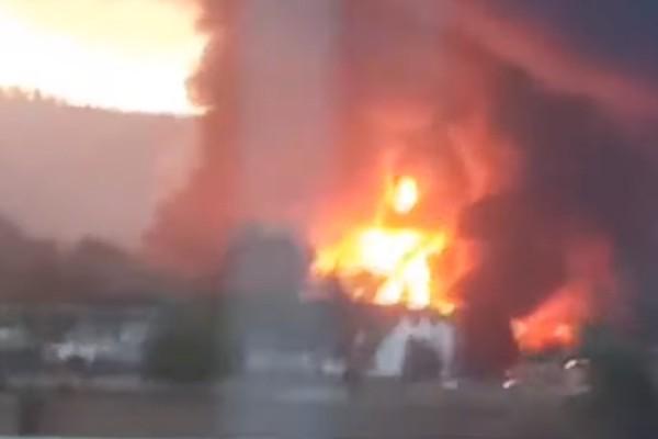 Βαρκελώνη: Τεράστια φωτιά σε χημικό εργοστάσιο!