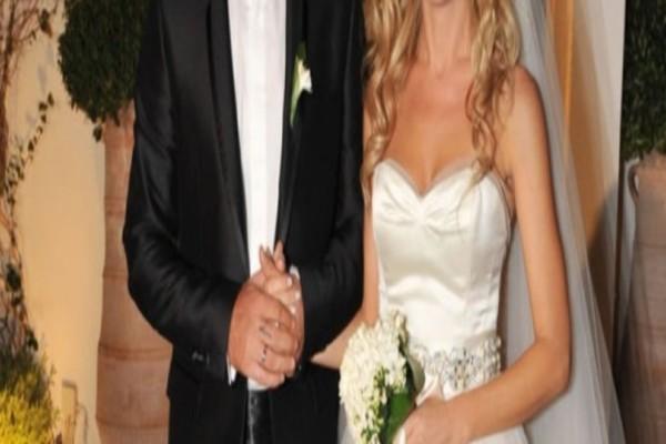 «Βόμβα»! Χώρισε πασίγνωστο ζευγάρι της ελληνικής showbiz μετά από 15 χρόνια γάμου!