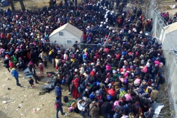 Θρήνος στη Λέσβο: Νεκρή μια γυναίκα από φωτιά σε κέντρο φιλοξενίας προσφύγων!