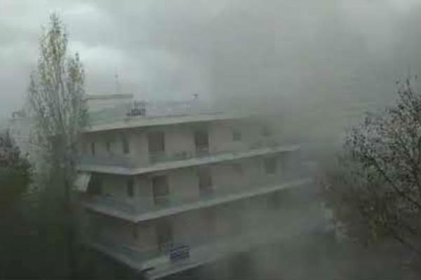 Συναγερμός στο Χολαργό: Μεγάλη φωτιά σε διαμέρισμα!