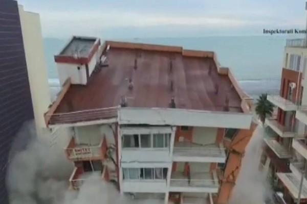 Βίντεο σοκ: Κατεδάφιση 5όροφης πολυκατοικίας στο Δυρράχιο!