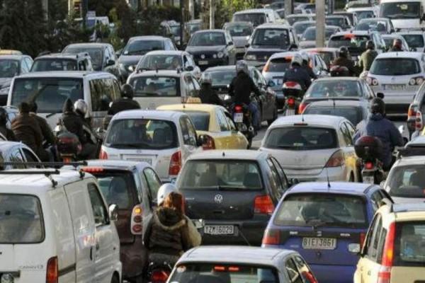 Αυξημένη κίνηση στους δρόμους της Αθήνας! Που εντοπίζονται προβλήματα; (photo)