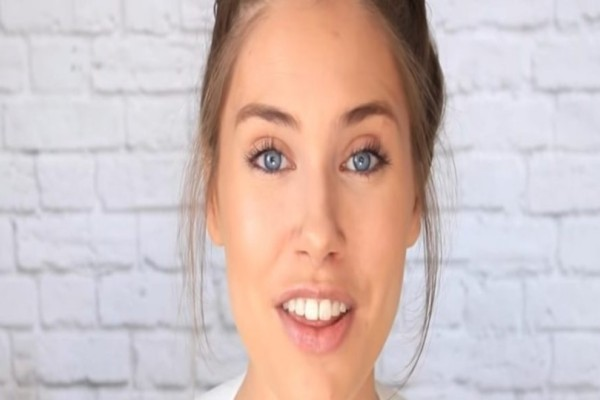 Γρήγορο και φυσικό μακιγιάζ σε μόνο 5 λεπτά! (video)