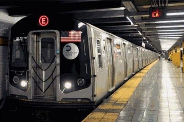 Άντρας προσπάθησε να απαγάγει κοπέλα σε βαγόνι του μετρό! (Video)