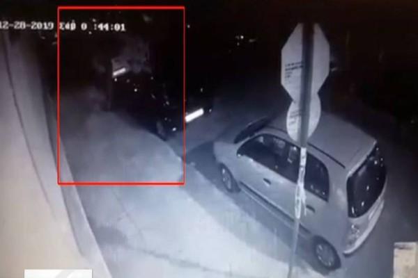 Έγκλημα στα Πετράλωνα: Βίντεο - ντοκουμέντο με τον 21χρονο να πετάει τον νονό του στα σκουπίδια!